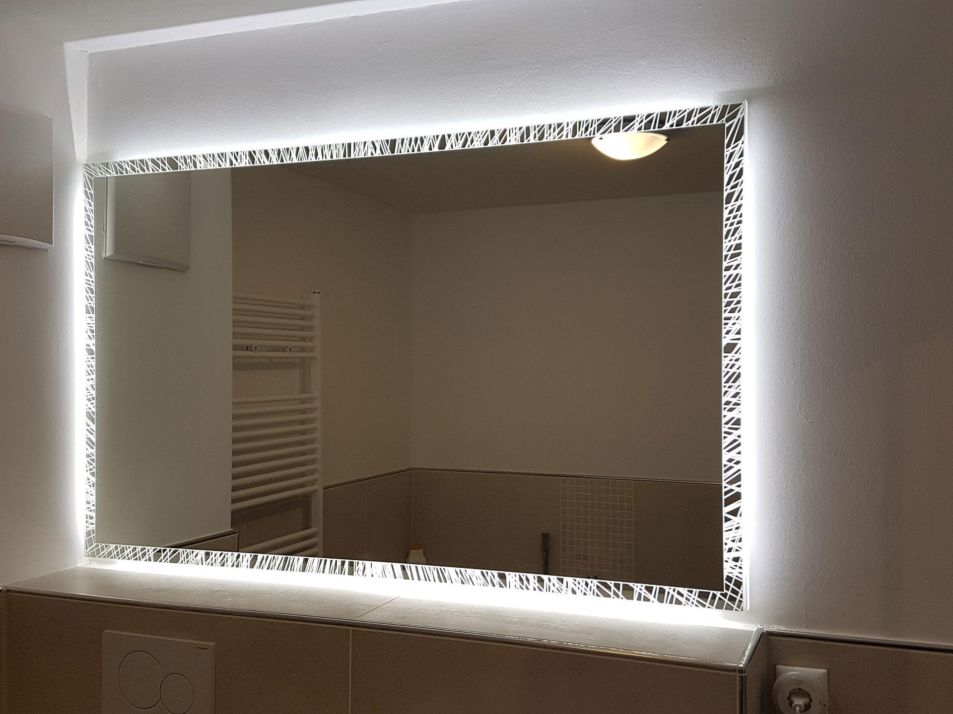 Badspiegel Albatros mit Beleuchtung